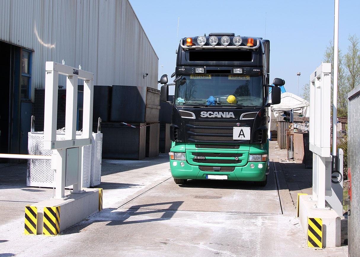 Radiation Vehicle Monitor