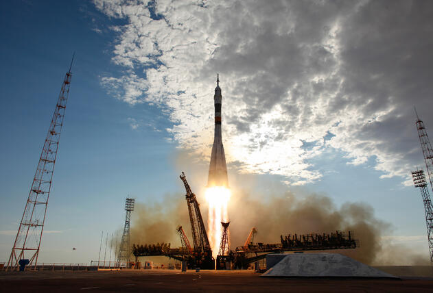 Soyuz_TMA-05M_rocket_launches_from_Baikonur_4.jpg
